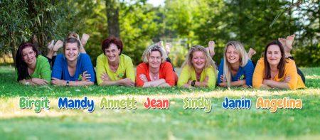Von links nach rechts: Birgit, Mandy, Annett, Jean, Sindy, Janin, Angelina